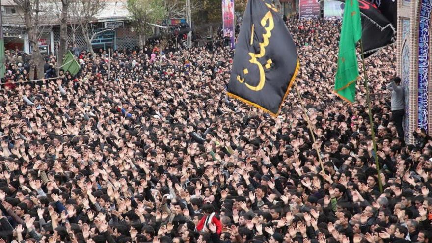 Iraníes conmemoran Ashura, día del martirio del Imam Husein