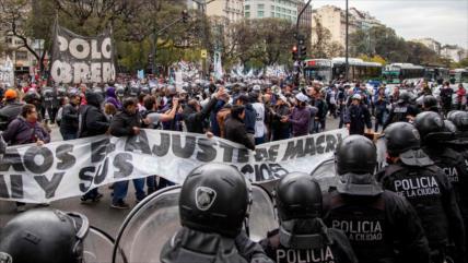 Fuertes choques en Argentina en reclamo de emergencia alimentaria