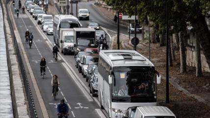 """""""Viernes negro"""" en París por huelga en los transportes públicos"""