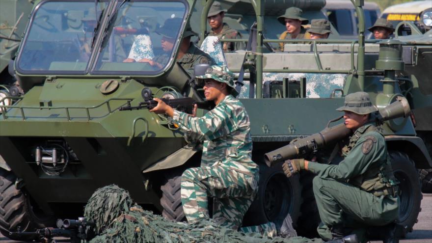 Fuerzas de seguridad de Venezuela participan en un ejercicio militar en el estado oriental de Táchira, 10 de septiembre de 2019. (Foto: AFP)