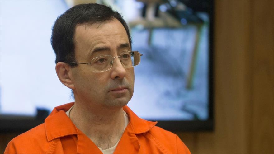 Larry Nassar, exmédico del equipo de gimnastas de Estados Unidos, ante la corte en Michigan (noreste de EE.UU.), 5 de febrero de 2018.