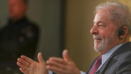 Lula: Bolsonaro no está gobernando Brasil, lo está vendiendo