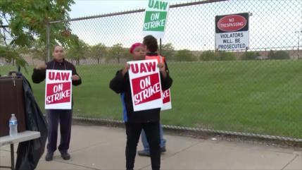 Empleados de General Motors inician una inédita huelga en EEUU