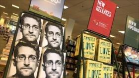 EEUU demanda a Snowden por la publicación de su libro de memorias
