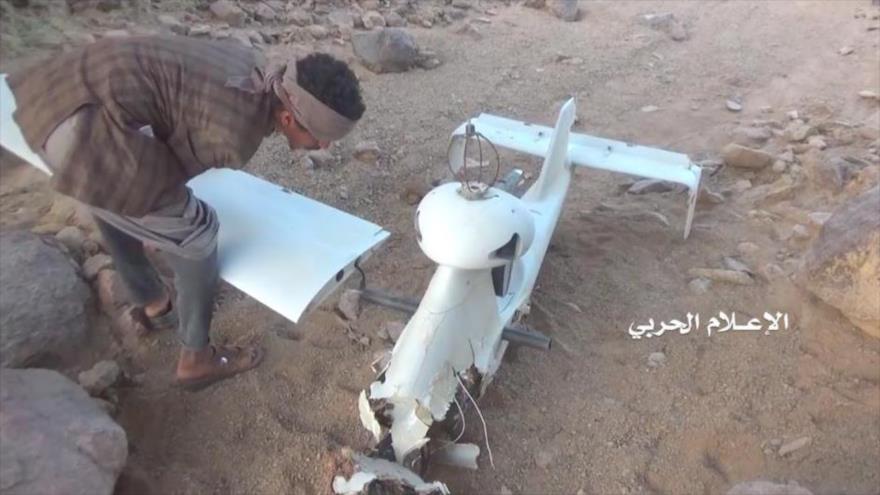 Una aeronave no tripulada (dron) saudí derribada por las fuerzas yemeníes.