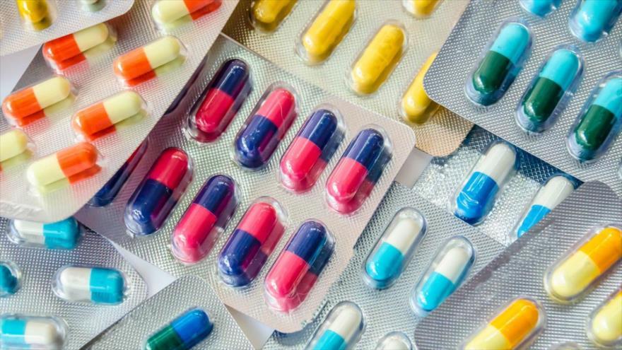 La sangre de una mujer se convirtió en Azul tras tomar pastillas.