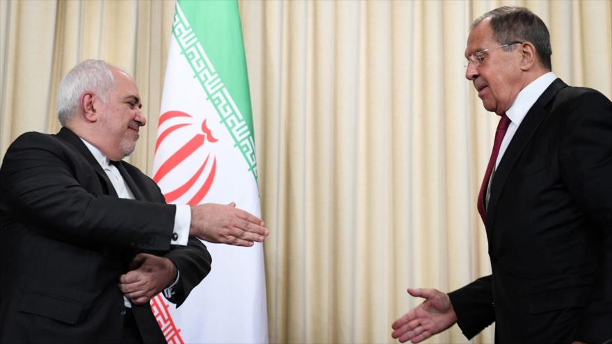 Los cancilleres de Irán y Rusia, Mohamad Yavad Zarif, (izda.) y Serguéi Lavrov, respectivamente, se reúnen en Moscú, 2 de septiembre de 2019. (Foto: AFP)