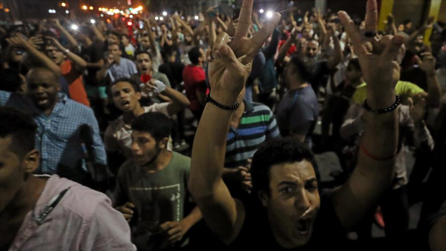 En Egipto, miles toman las calles para exigir renuncia de Al-Sisi   HISPANTV