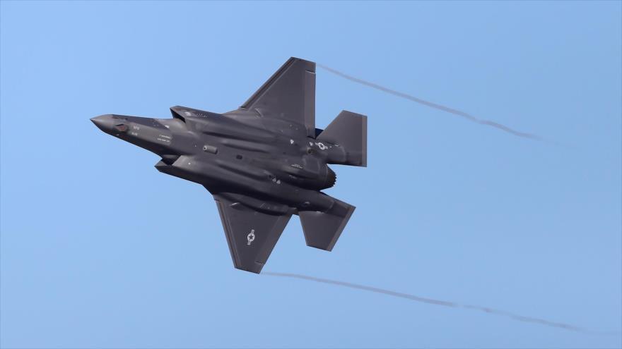 Un caza F-35 Lightning II de EE.UU. en pleno vuelo en un ejercicio militar, Utah (EEUU), 19 de noviembre de 2019. (Foto: AFP)
