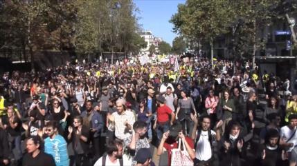 Arrestos en París durante marcha por cambio climático