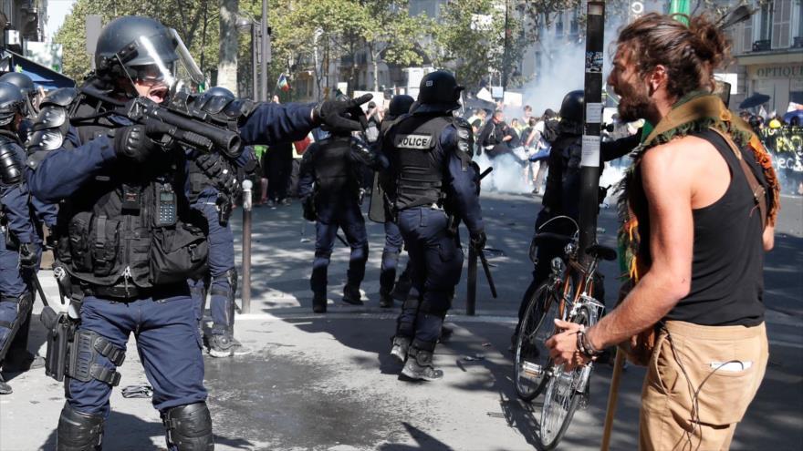 164 detenidos durante tensa jornada de protestas en Francia