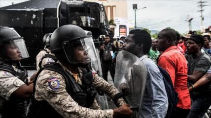 Al menos un muerto y varios heridos en protestas en Haití