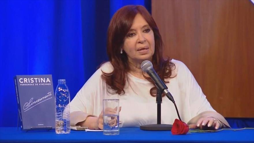 Cristina Fernández: La Argentina que viene es difícil y compleja