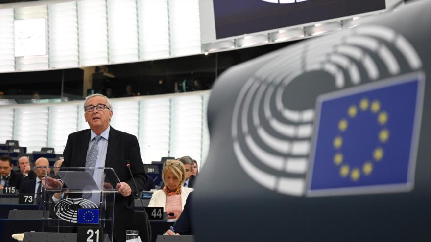 El presidente de la Comisión Europea, Jean-Claude Juncker, en un debate sobre el Brexit en el Parlamento Europeo en Estrasburgo, 18 de septiembre de 2019.