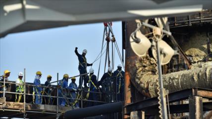 WSJ: Restablecer la producción de crudo de Aramco costará meses
