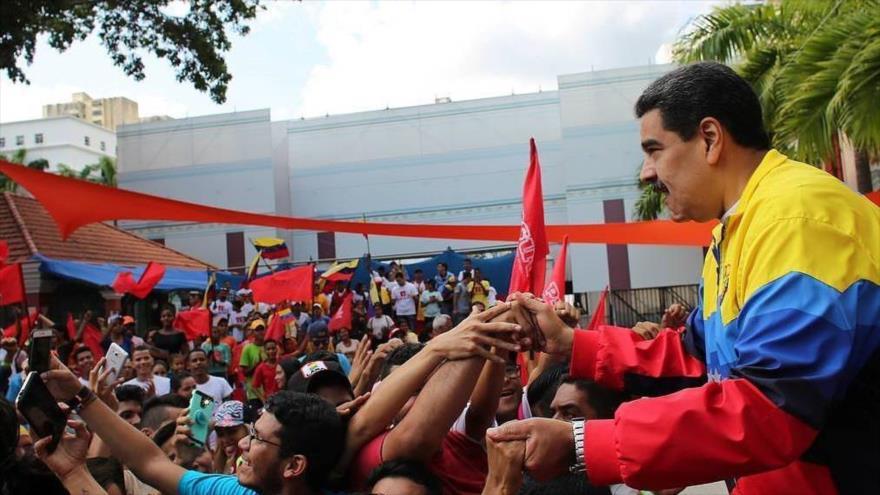 Maduro advierte de 'sabotaje' de EEUU de elecciones parlamentarias | HISPANTV