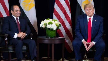 """Trump minimiza protestas en Egipto contra su """"dictador favorito"""""""