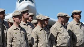 Interfax: Rusia envía un grupo de expertos militaresa Venezuela