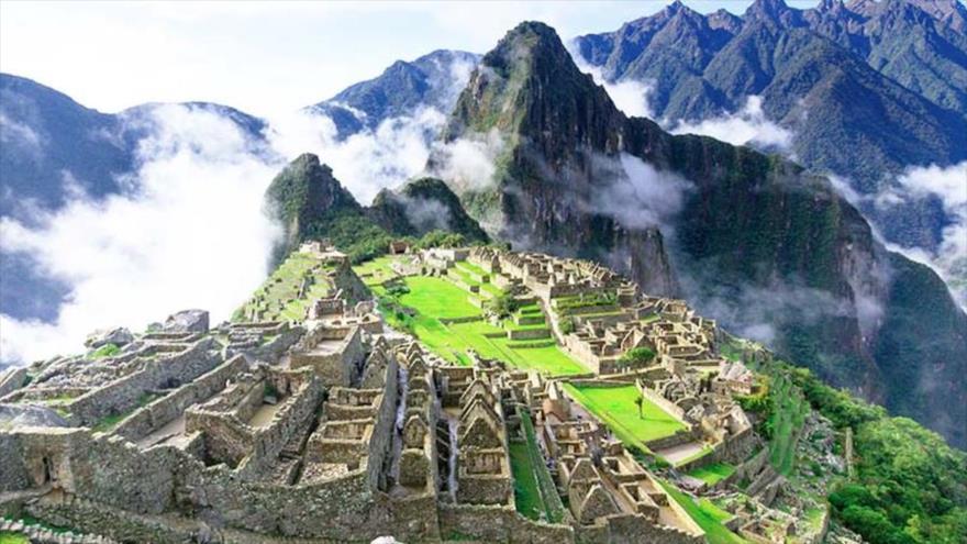La ciudad inca de Machu Picchu, la mayor joya turística de Perú.