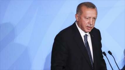 'Pese a amenazas de EEUU, Turquía seguirá comerciando con Irán'