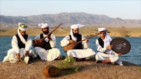 Irán: 1- Dotar en Khaf 2- Artesanía en Naeen