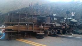 Accidente de camión deja 18 muertos en Bolivia