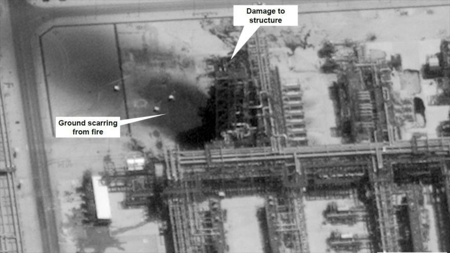 Instalaciones petroleras saudíes en Khurais, Arabia Saudí, dañadas por los ataques de drones yemeníes, 15 de septiembre de 2019. (Foto: AFP)