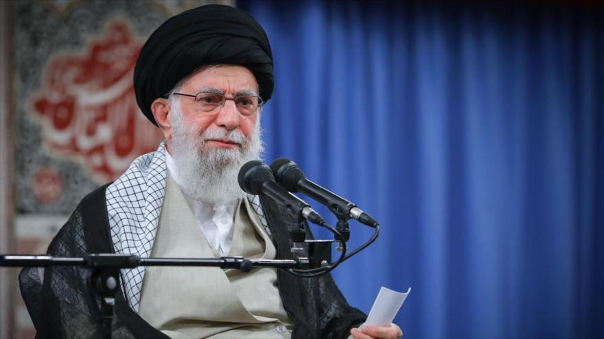 Líder: Sanciones de EEUU a petróleo iraní, un problema pasajero | HISPANTV