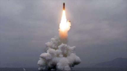 Pyongyang corrobora prueba de misil balístico desde un submarino
