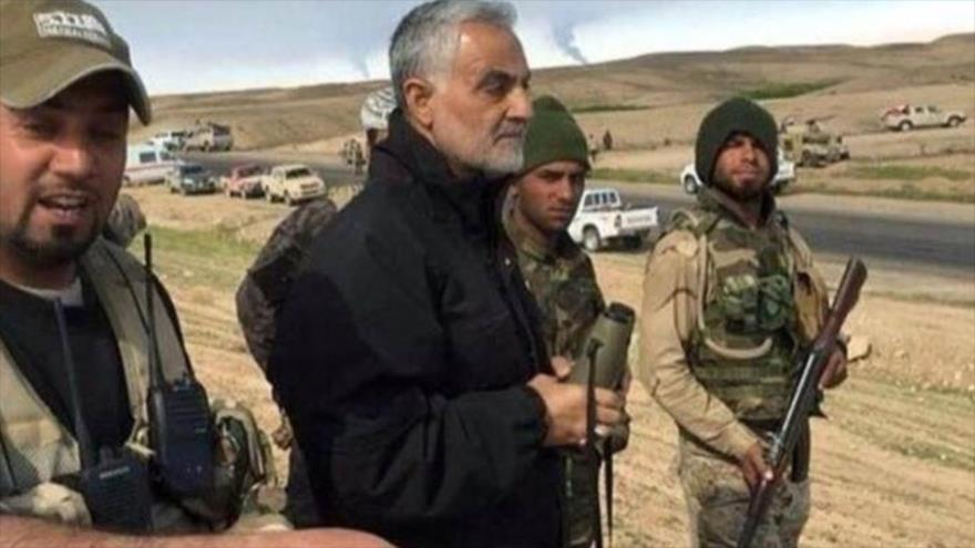 General Qasem Soleimani, comandante de las Fuerzas de Quds del CGRI, supervisa operaciones antiterroristas en Irak.
