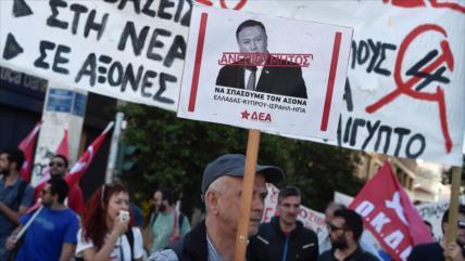 EEUU y Grecia firman acuerdo militar pese a masivas protestas