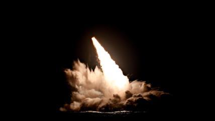 Pilotos mexicanos graban disparo de un misil balístico por EEUU