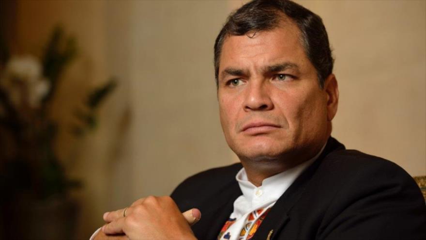Correa pide adelantar elecciones en Ecuador ante graves protestas