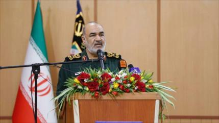 Comandante iraní anuncia planes para fabricar lanchas no tripuladas