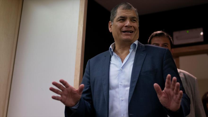 El expresidente ecuatoriano Rafael Correa en una entrevista con la agencia francesa AFP, en Bruselas, capital belga, 11 de abril de 2019. (Foto: AFP)