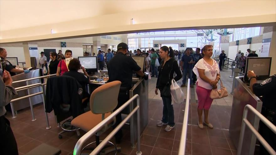 Trump negará visas a inmigrantes que no tengan cobertura médica