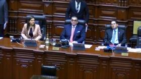 Congreso recurre al TC mientras que ciudadanos respaldan a Vizcarra
