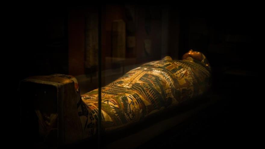 Un ataúd egipcio.