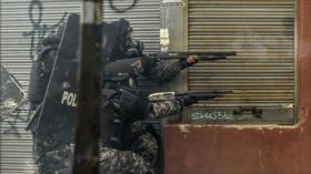 Policía carga contra indígenas tras llamada al diálogo de Moreno
