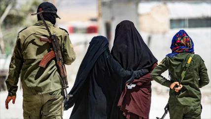 Informan de fuga de 100 miembros de Daesh de campamentos en Siria