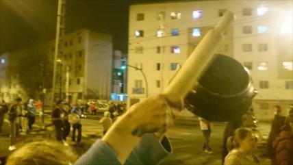 """Los ecuatorianos se unen al """"cacerolazo"""" contra el toque de queda"""