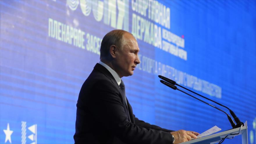 El presidente ruso, Vladimir Putin, en una conferencia en la ciudad de Nizhny Novgorod, Rusia, 10 de octubre de 2019. (Foto: AFP)