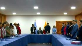 Gobierno de Ecuador e indígenas dialogan para zanjar la crisis