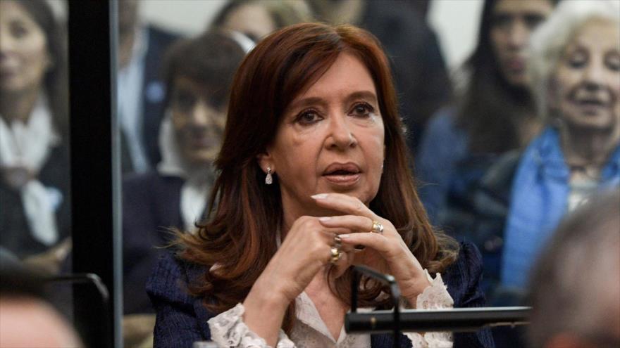 La expresidenta argentina Cristina Fernández de Kirchner en un mitin en Buenos Aires, capital de Argentina, 21 de mayo de 2019. (Foto: AFP)