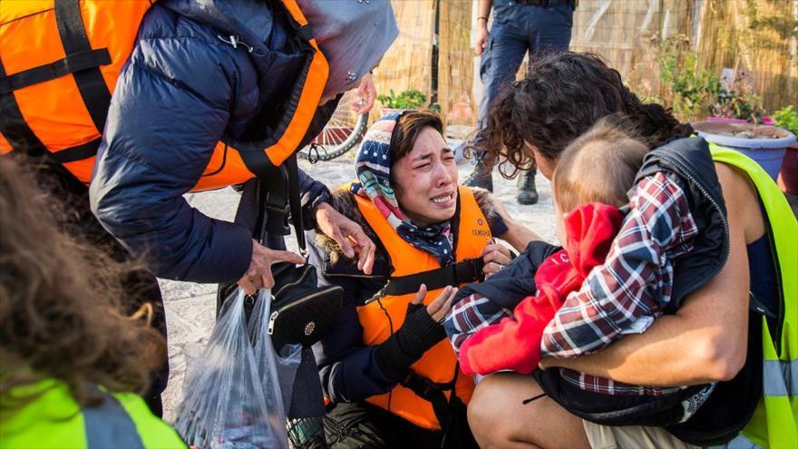 Refugiados afganos en la isla griega de Lesbos, en la frontera con Turquía.