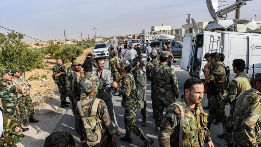 Vídeo: Ejército sirio toma una base militar de EEUU en Manbij | HISPANTV