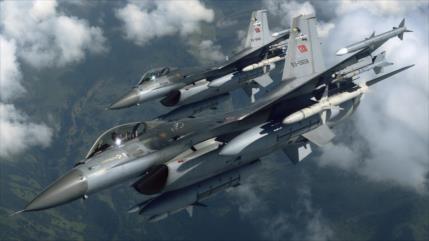 Cazas rusos ahuyentan a F-16 turco y frustran su ataque en Siria