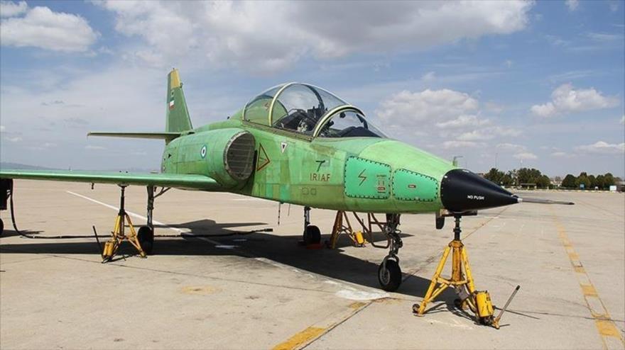 Irán presenta su primer avión de reacción de fabricación nacional | HISPANTV