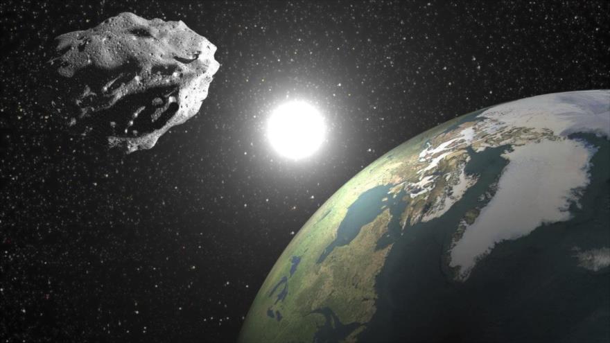 Una roca podría estrellarse contra la atmósfera terrestre.