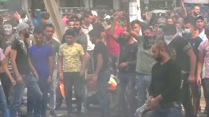 Los libaneses exigen la dimisión de Saad Hariri